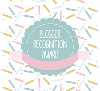 bloggerrecognitionawardillustrationbyfregga-250x250